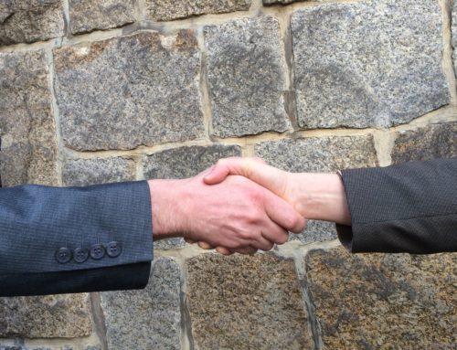 ¿En qué consiste un acto de conciliación laboral para las empresas y empleados?